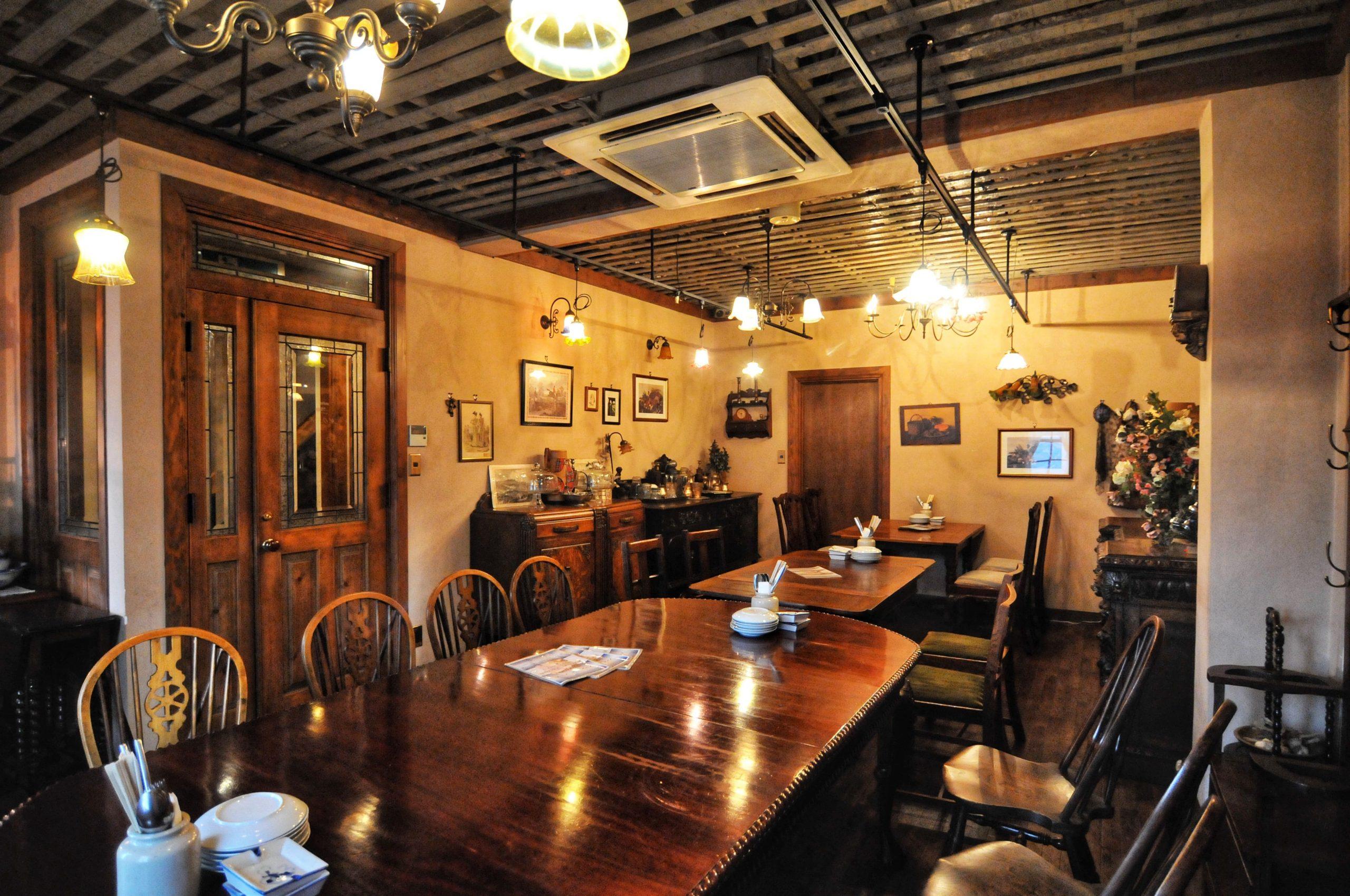 「創業40年の工務店」一級建築士事務所、愛知・小牧市「和田建設」が設計デザイン・建築した、愛知県一宮市の飲食店です。