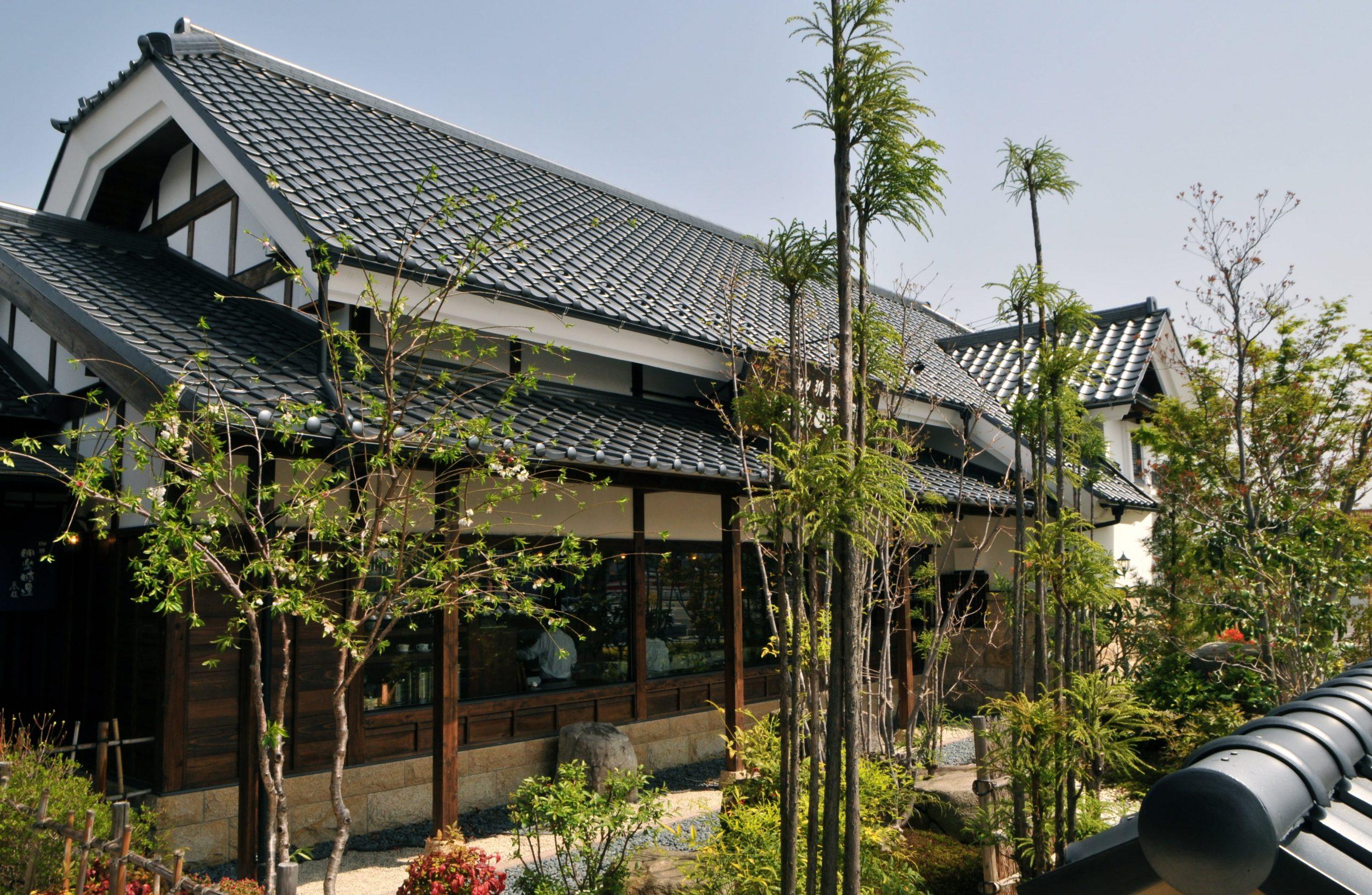「創業40年の工務店」一級建築士事務所、愛知県小牧市「和田建設」が設計デザイン・建築した、岐阜県各務原市のカフェです。