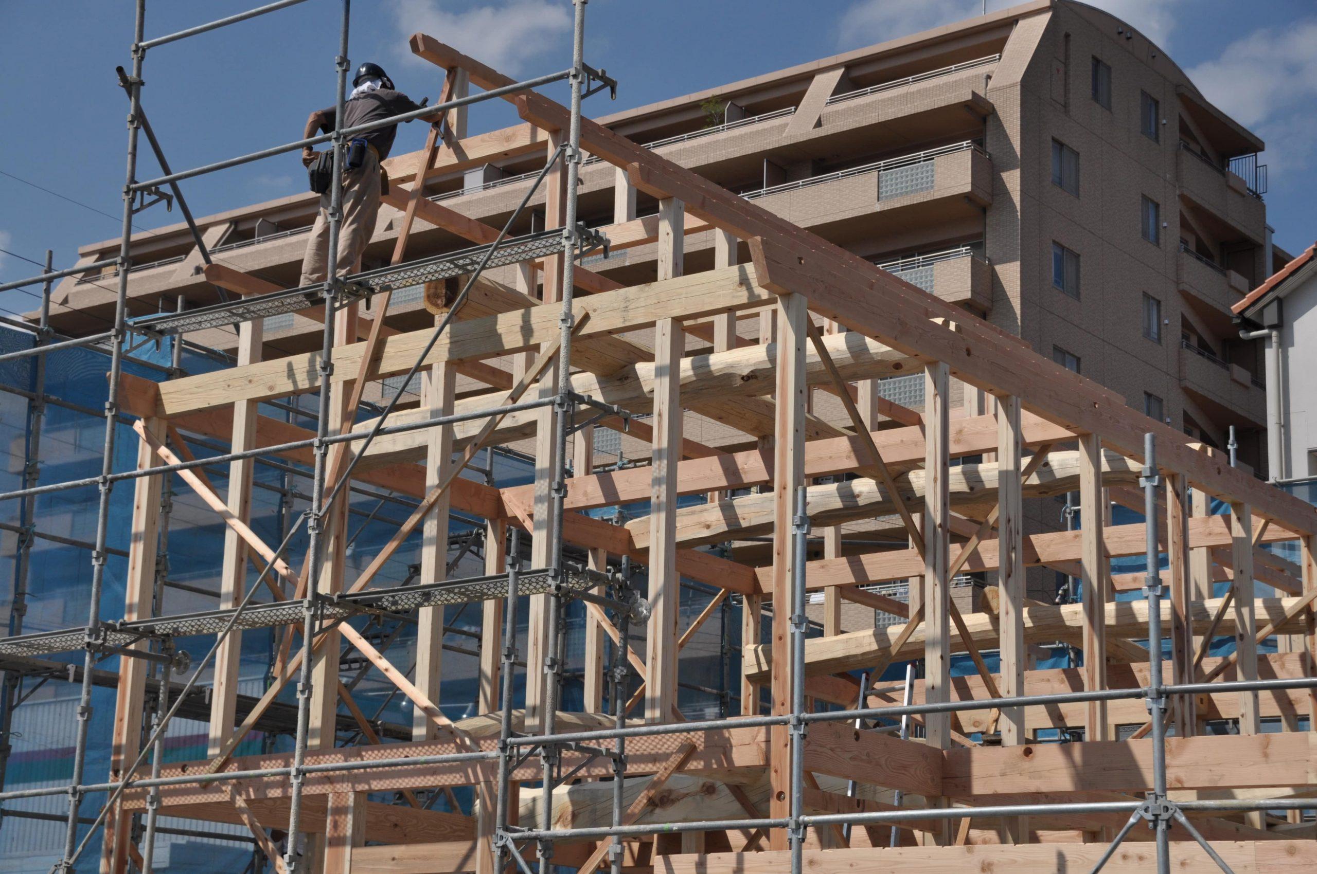 愛知県小牧市の一級建築士事務所「(株)和田建設」天然木を使った天然素材の木造店舗、新築リフォーム(改装 増改築)の施工事例です!カフェのデザインもできる工務店をお探しの方へ。